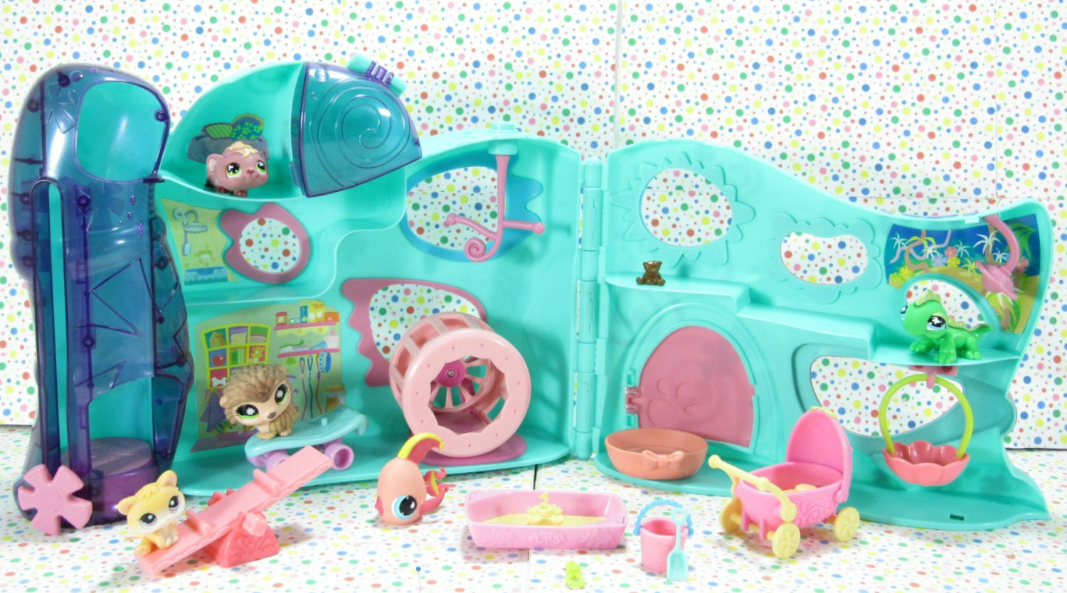 Littlest Pet Shop Playful Pets Daycare