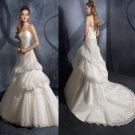 A-line  Strapless  Aooliqued  wedding dress