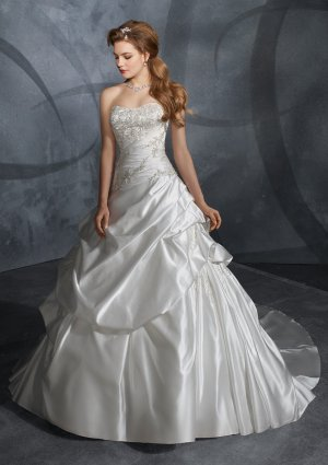 2010 Embroidery and beaded  wedding  gown
