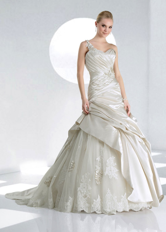 One  shoulder  sweatheart   ribbons  lace  wedding  dress
