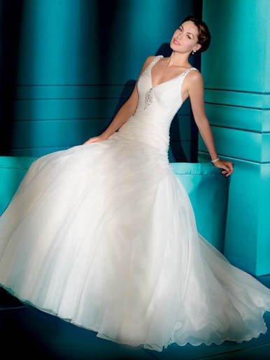 Deep  V Neck  halter   A-line  wedding dress