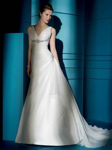 Free  shipping   V  Neck Halter  Beaded  wedding dress