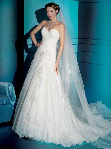 White  Strapless  sweatheart  A-line wedding dress