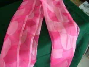 Pink Fans Pattern Scarf