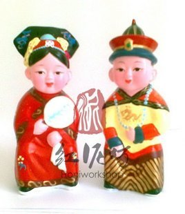 Hand Painted Clay Doll cu96146