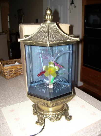Beautiful Pagoda Style Fiber Optic Floral Lamp