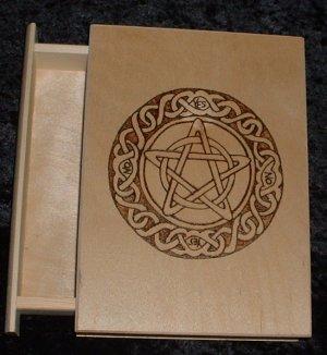 Pendulum Box