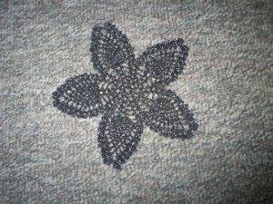"""Black/Silver Shimmer Hand Crochet Pineapple Doily, 9 1/2"""", New"""
