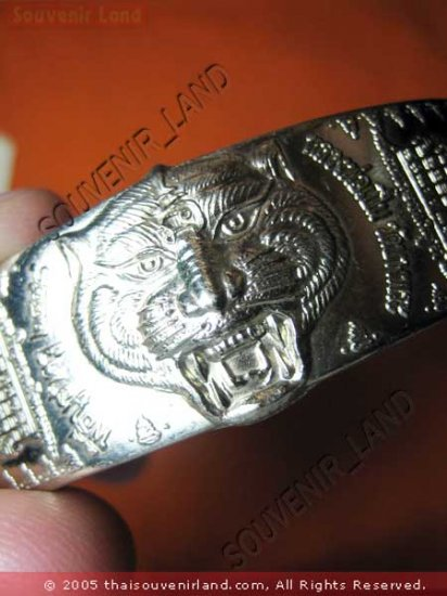 1039-THAI BUDDHA AMULET LP PERN  BRACELET TIGER POWER S