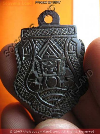 M349-OLD THAI BUDDHA AMULET LA-HOO LP NOI COCONUT SHELL
