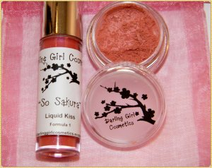 So Sakura gift set  � Darling Girl Cosmetics Eye Shadow