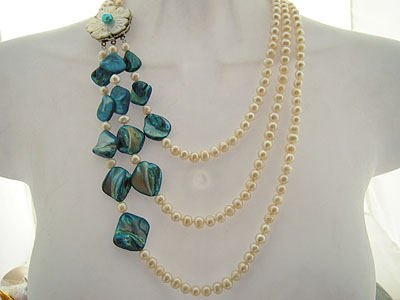 TRIPLE STRAND PEARL NECKLACE AQUAMARINE ACCENT & FLORAL CLASP