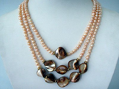 THREE STRAND CHAMPAGNE PEARL NECKLACE GOLD AND BRONZE ACCENTS