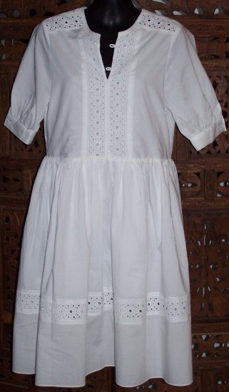CHLOE RUNWAY VINTAGE STYLE WHITE COTTON SMOCK DRESS