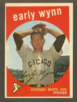 1959 Topps baseball set # 260 Early Wynn HOF Chicago White Sox