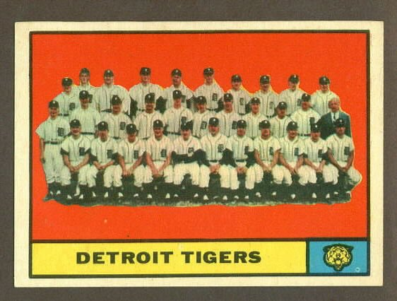 1961 Topps baseball set # 51 Detroit Tigers team card