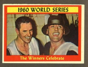 1961 Topps baseball set # 313 The Winners Celebrate