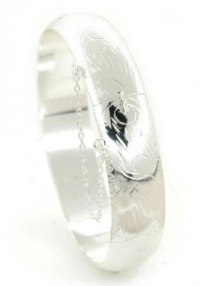 Italian Made Sterling Silver Bangle Bracelet With Lock