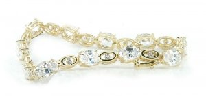 14kt Gold Genuine Diamond Bracelet (INSURANCE INCLUDED)