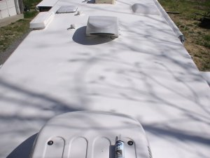 Koolseal 63-900 RV Elastometric Rubber Roof Premium Top Coat Kit
