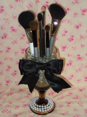 Brush Holder on Elegant Wine Glass Makeup Brush Holder With Personalized Bow Color