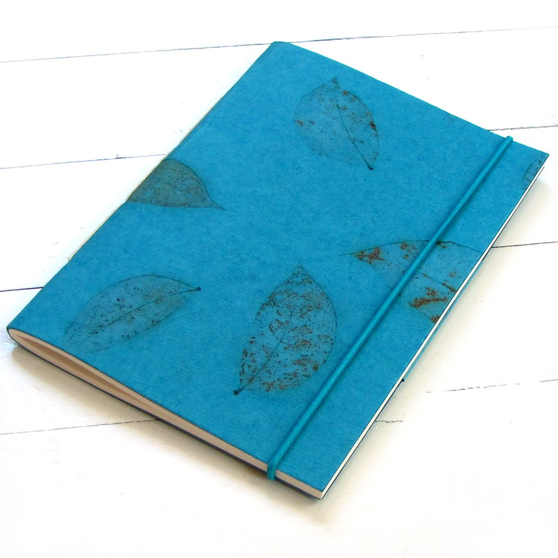 Handcrafted blank diary teal small leaf elastic journal 5x7 40pp medium handmade paper notebook