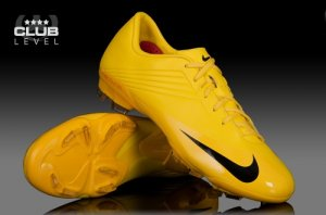 Nike Talaria V Firm Ground Junior Football Boots