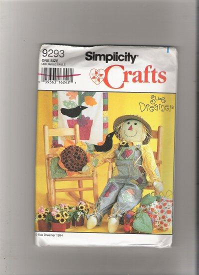 "Simplicity 9293 33"" Scarecrow"