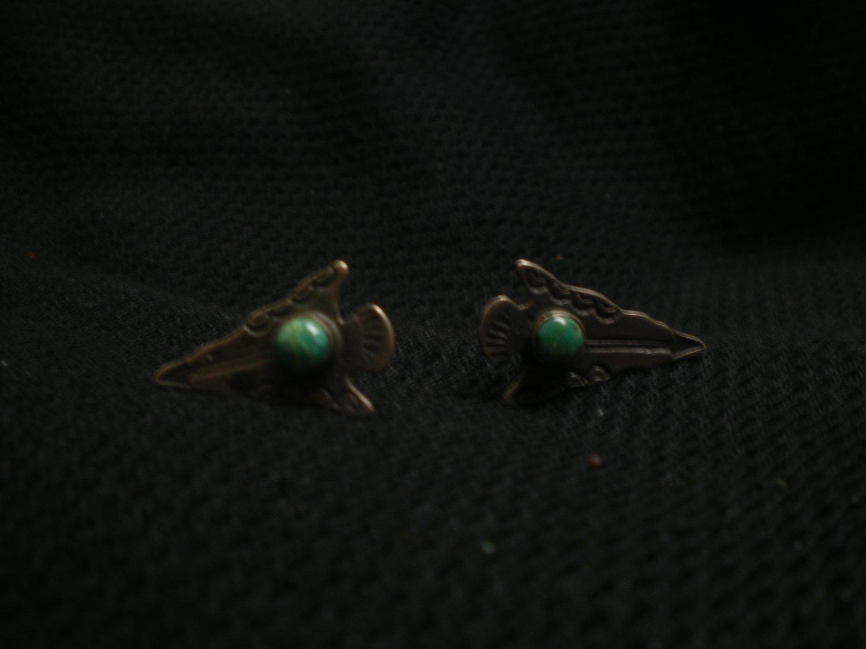 4.0 gram pair of sterling siver arrow head shaped ear rings
