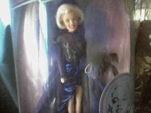 SPECTACULAR SHOWGIRL MARILYN MONROE DOLL-NEW IN ORIGINAL BOX