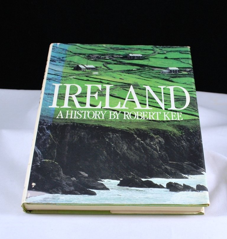 Ireland A History by Robert Kee HB