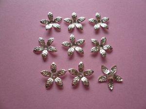 Silver Color 5-Leaf-shaped Metal Bead Cap