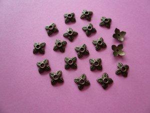 Bronze Color 4-Leaf-shaped Metal Bead Cap