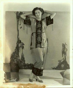 Barbara Worth Old Hollywood Fashion Freulich Photo