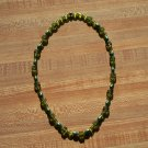 2 tone green Necklace with flowers