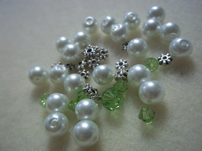 Beaded Bracelet Kit - Glass Pearl & Green