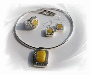 Artisian Handcrafted Designer Sterling Silver Amber Jewelry Set