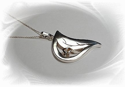 Artisian Handcrafted Sterling Silver Leaf Pendant Necklace With Gold Rose Deco