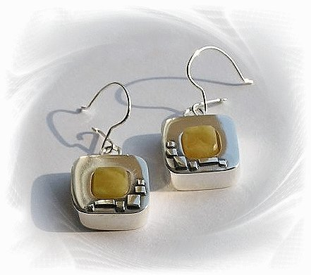 Artisian Handcrafted Designer Sterling Silver Amber Dangle Earrings