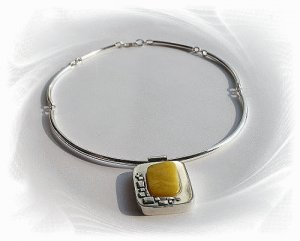 Artisian Handcrafted Sterling Silver Amber Pendant Necklace