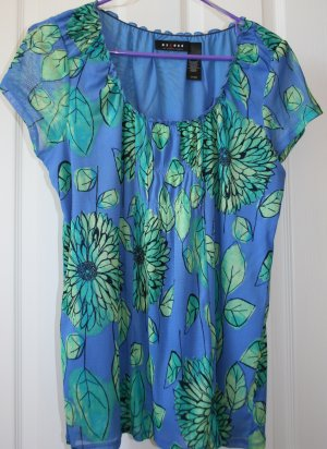 Floral Axcess Large Top