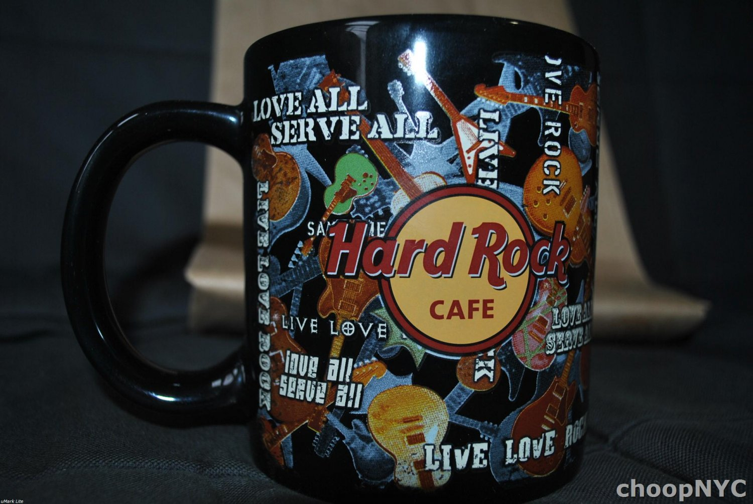 Hard Rock Cafe > Foxwoods All Over Guitars BIG Mug