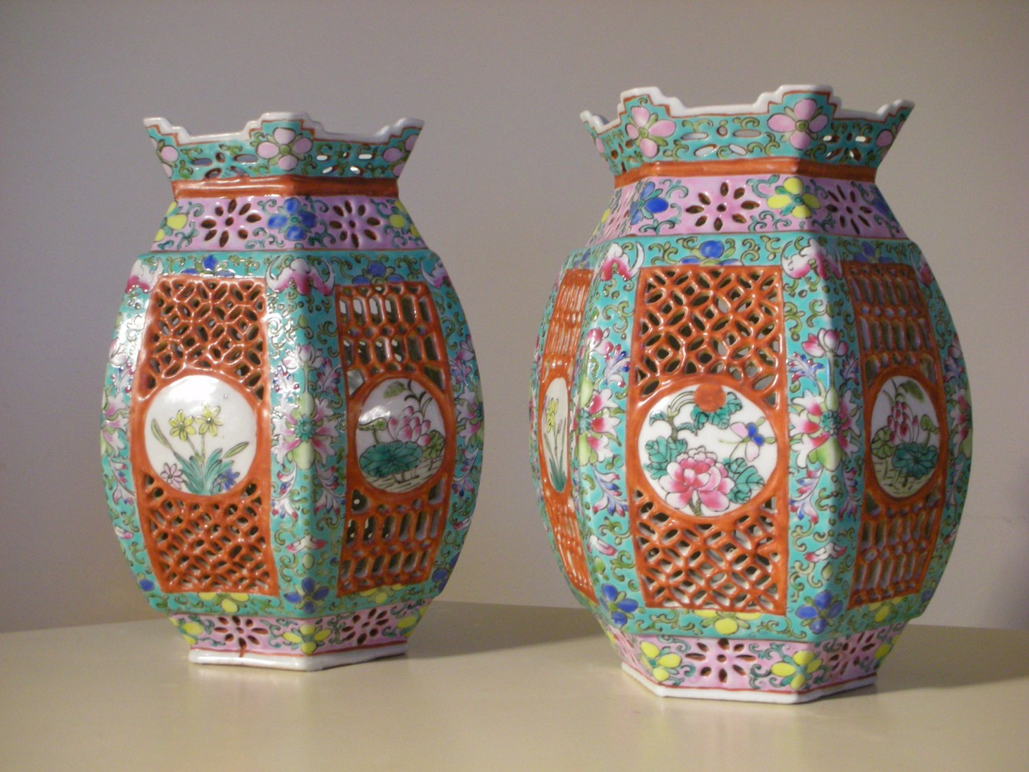 Vintage Chinese Famille Rose Wedding Marriage Porcelain Lamp Covers (Pair)
