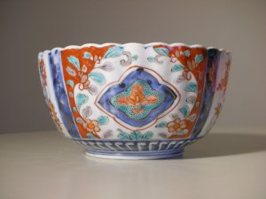 Antique Japanese Late Meiji IMARI Porcelain Bowl