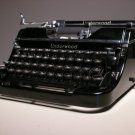 Vintage Underwood Champion 4-Banks Manual Typewriter USA (w/ Carrying Case)