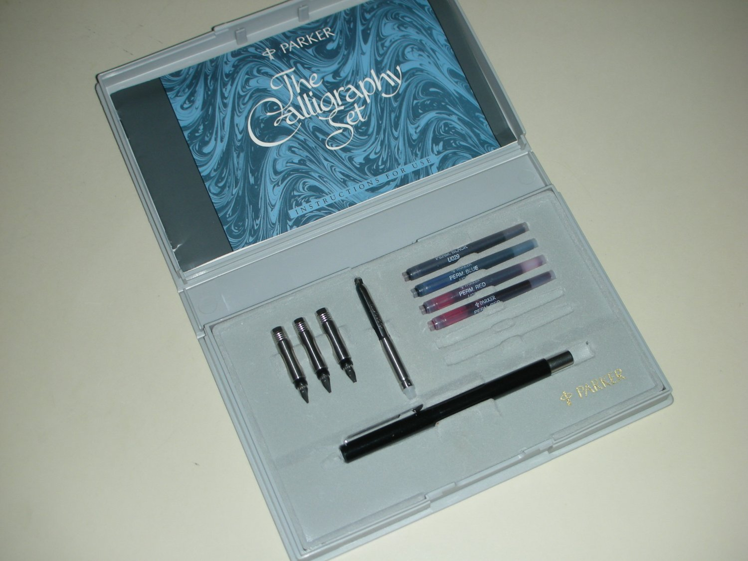Parker Calligraphy Fountain Pen Set Uk W Case 4 Nibs 5