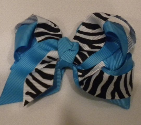 """4 1/2"""" turquoise and zebra bow"""