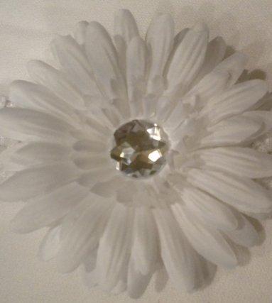 """4"""" White Daisy Hair Clip"""