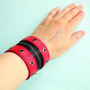 Leather Buckle Cuff Stud Belt Bracelet Wristband Red A0509