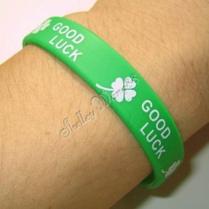 Silicone Green Rubber Bangle Elastic Wristband Belt Bracelet Good Luck White A1223